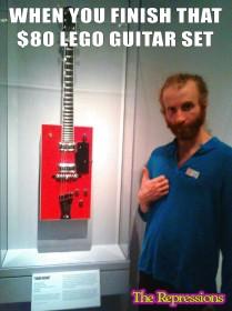 Lego Guitar (2)